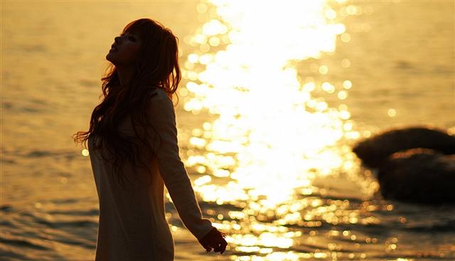 你不来,我在等待中独自老去(诗歌) - 深秋 - 深秋的故事的博客